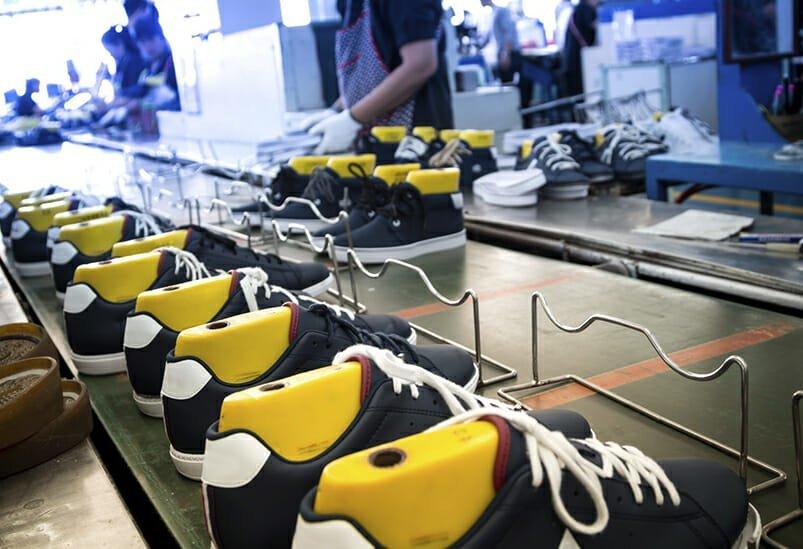 Cómo mejorar la productividad en la planta de producción de una empresa de calzado