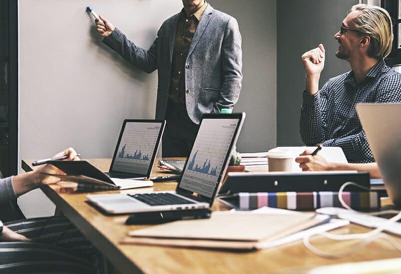pasos-para-abordar-la-transformacion-digital-de-tu-negocio-como-digitalizar-tu-empresa