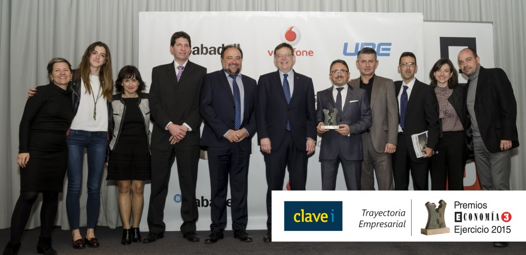 premios-economia3-clavei-trayectoria